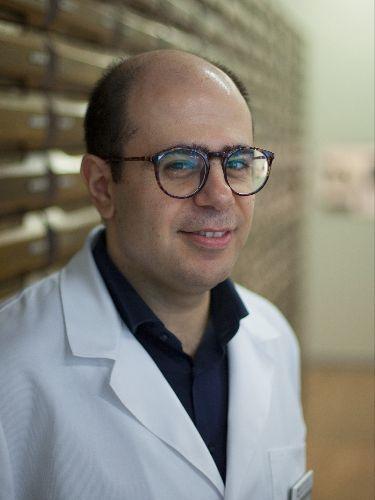 Savvas Chrysoglou - Apotheker und Geschäftsführer der Apotheke Dr. Kunz Baden